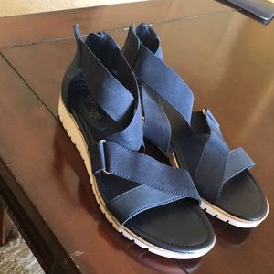 Euro soft by Sofft Navy Blue Sandals 9.5